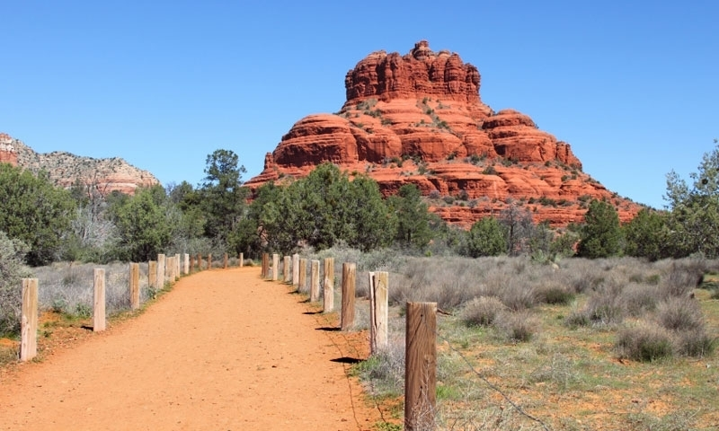 Hiking Trail to Bell Rock in Sedona